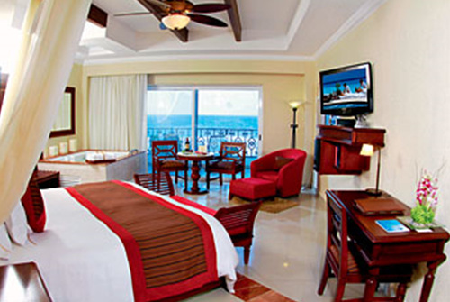 Royal Junior Suites Ocean View (1).jpg
